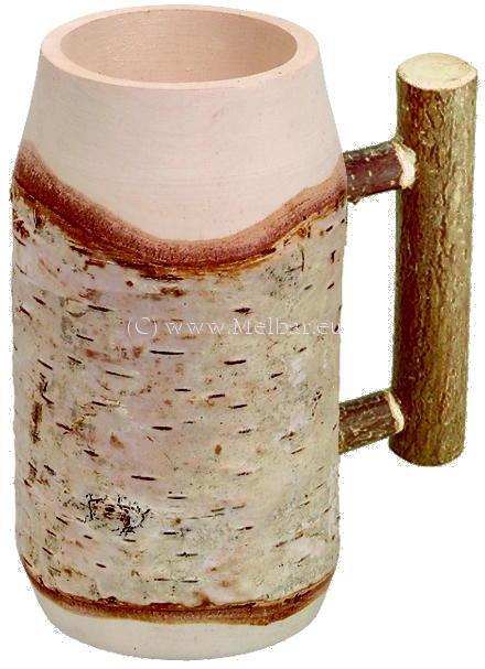 Bierkrug aus Birkenstamm mit Rundstabgriff