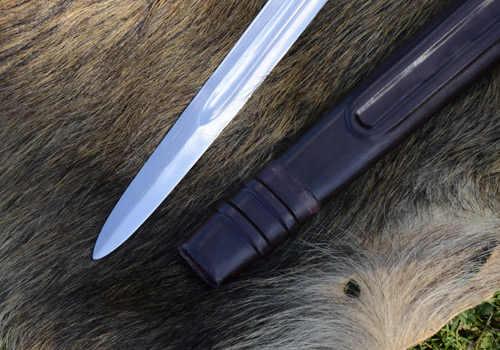 Bild Nr. 6 Scheibenknauf Schaukampfschwert mit Scheide