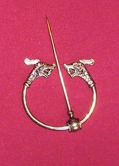 Drachenkopffibel Bronze
