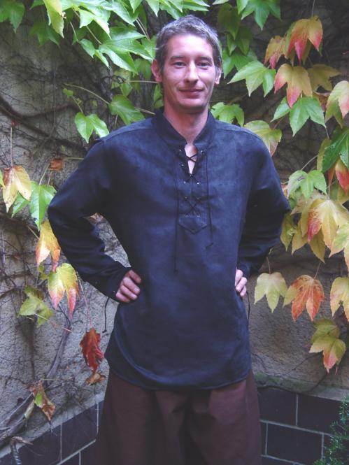 Mittelalterhemd Alkantara schwarz