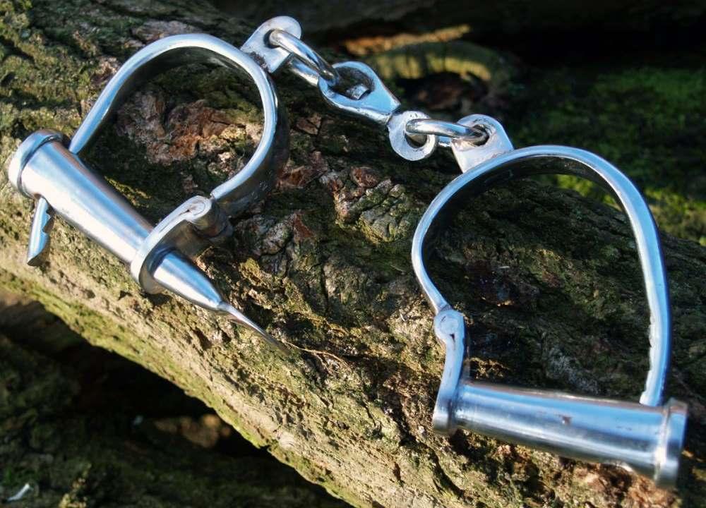 Mittelalterliche Handschellen Stahl vernickelt