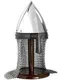 Normannischer Helm mit Brünne