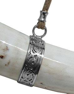 Bild Nr. 2 Rufhorn mit Mundstück keltisches Ornament